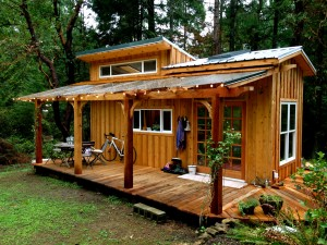 Living in Tiny Houses with Children