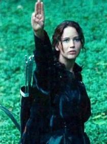 katniss-salute